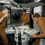 What's on the Menu for Astronauts? Find out what foods astronauts can eat and learn how to make your own! #astronauts #SpaceExploration https://t.co/ISW9fwnbpe