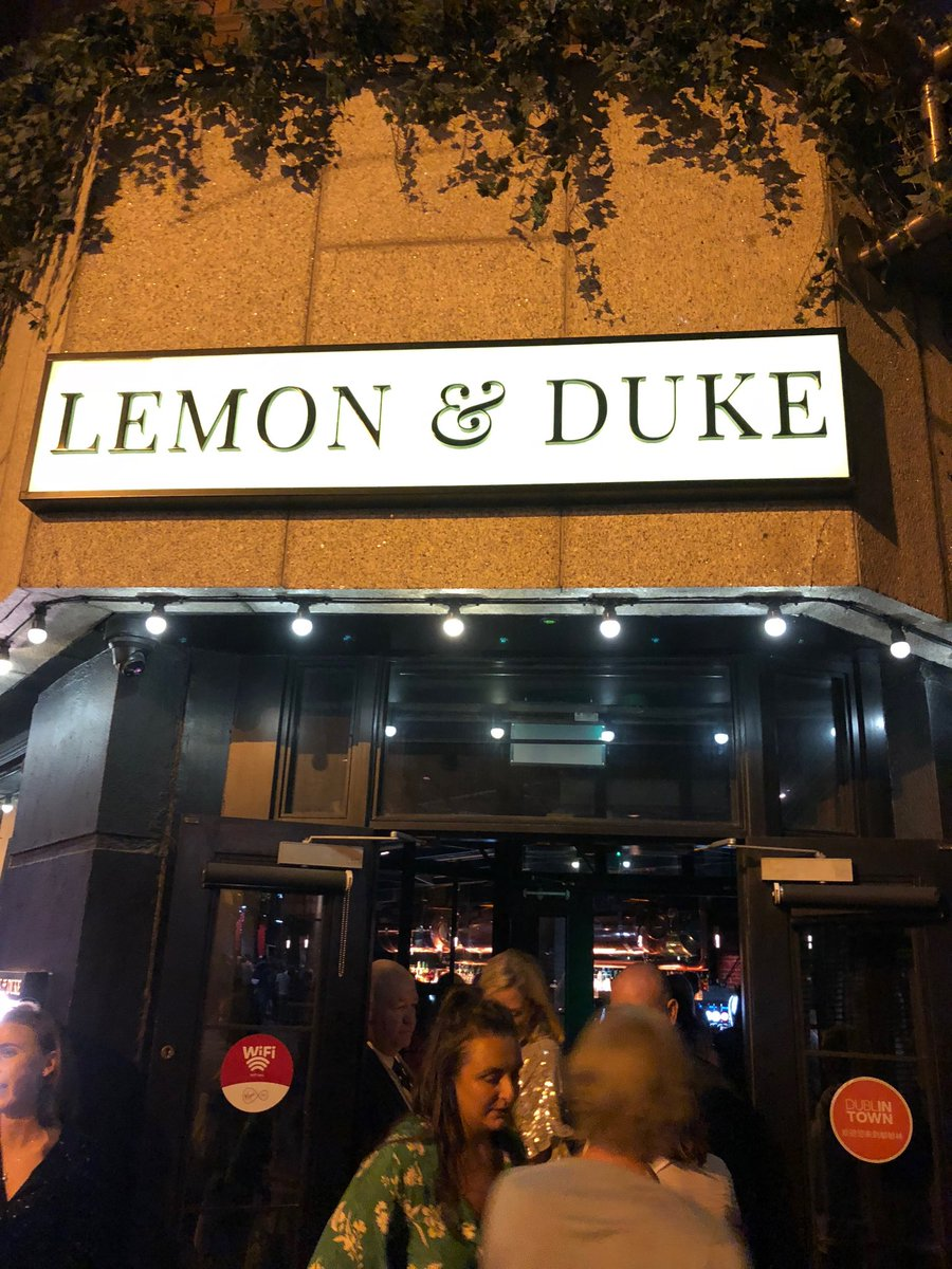 test Twitter Media - Bouncer would t let us into this bar in Dublin because we had too much to drink!!!!!!!!! https://t.co/7yIAfw990u