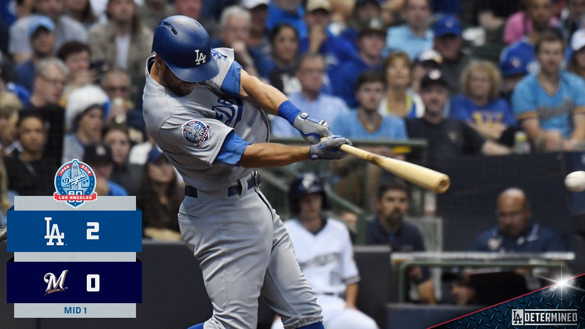 CT3 comes through with bases loaded and two outs. #Dodgers https://t.co/of7e6MS1v3