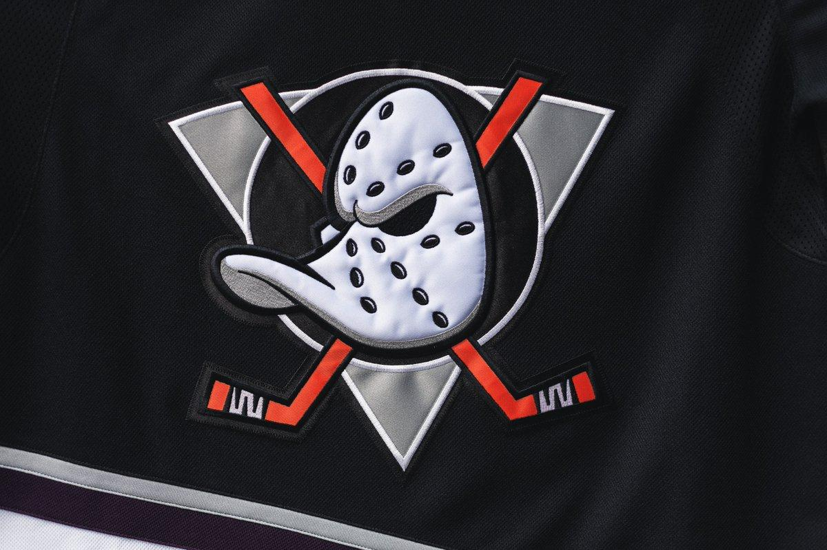 The Anaheim Ducks are bringing back the 'Mighty Ducks' themed jerseys for their 25th anniversary season.   (via @AnaheimDucks)