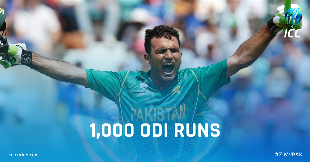 Congratulations to @FakharZamanLive!   @TheRealPCB opener becomes the fastest batsman to get to 1000 ODI runs, reaching the milestone in just 18 innings!  Follow #ZIMvPAK LIVE 👇  https://t.co/gB4MfzSMqj