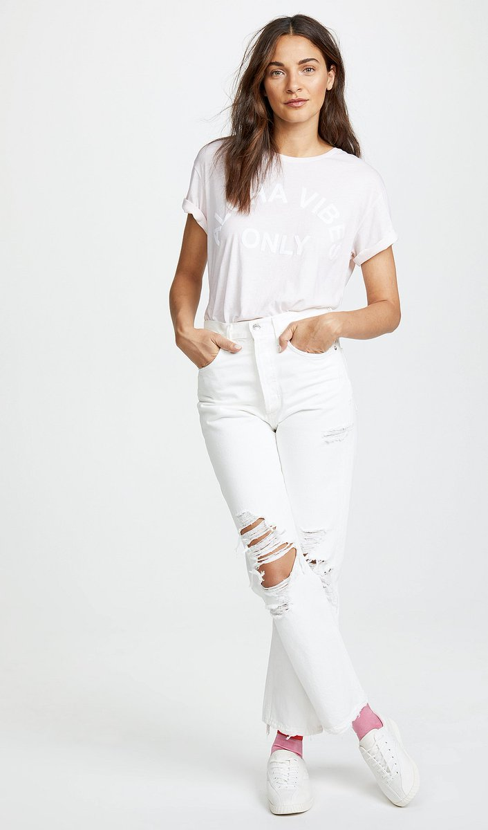 9a35ac59938e3d ... https://denimology.com/2018/07/top-jean-of-the-week-agolde -90s-fit-white-jeans … @agolde #LIVEAGOLDE #trending #whitejeans  #boyfriendjeans #momjeans ...