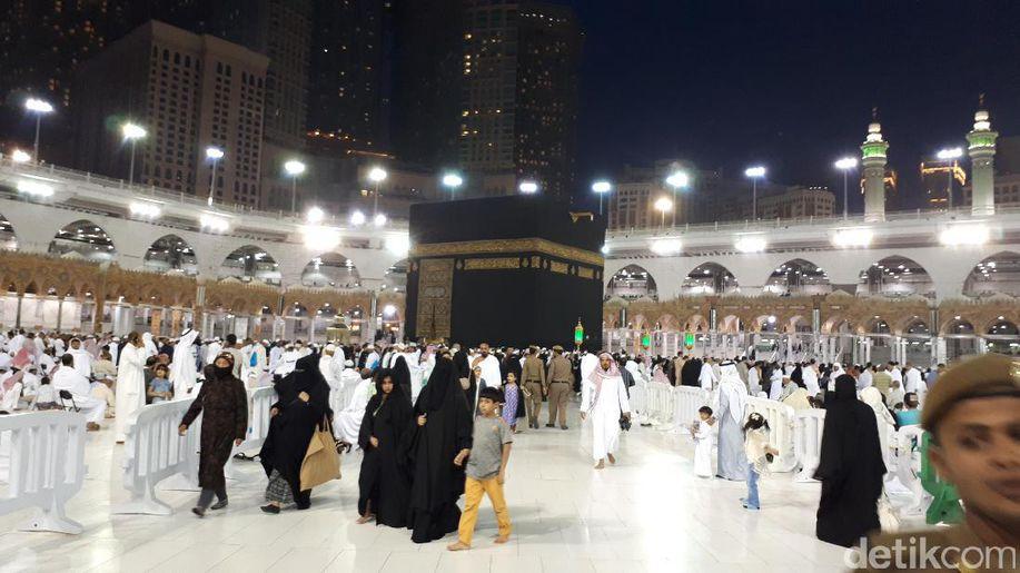 Arab Saudi Diprediksi Hujan Sepekan, Jemaah Haji RI Diimbau Waspada https://t.co/3Nj8ybw7N4 https://t.co/hXt6cY1eqo