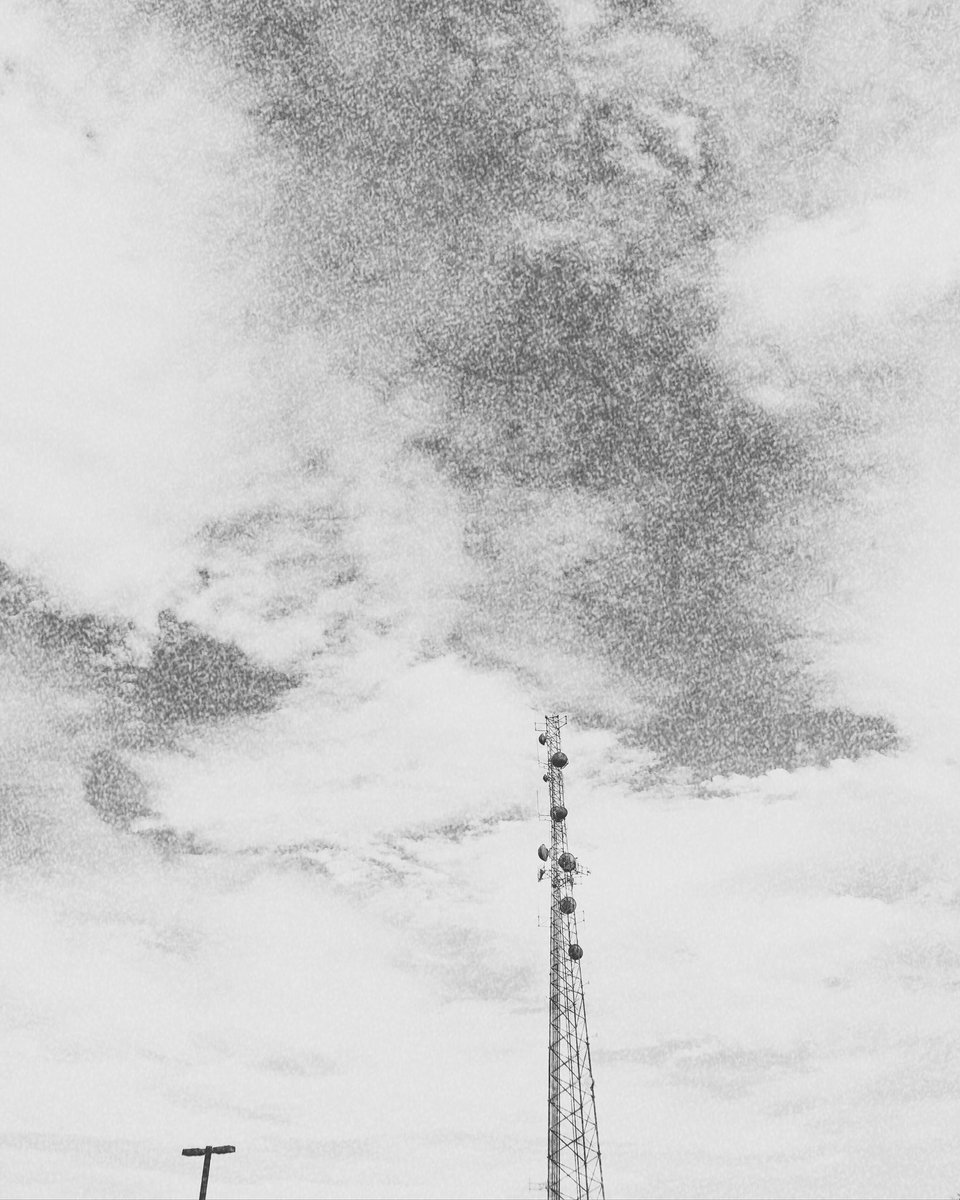 Steve On Twitter Mix4ins Mix360 Grunge Texture Aged Old Vintage Pattern Antique Structure Retro Aesthetic Color Graphic Style Light Photooftheday Abstract Architecture Textured Tower Radiotower Clouds Cloudscape Lookup