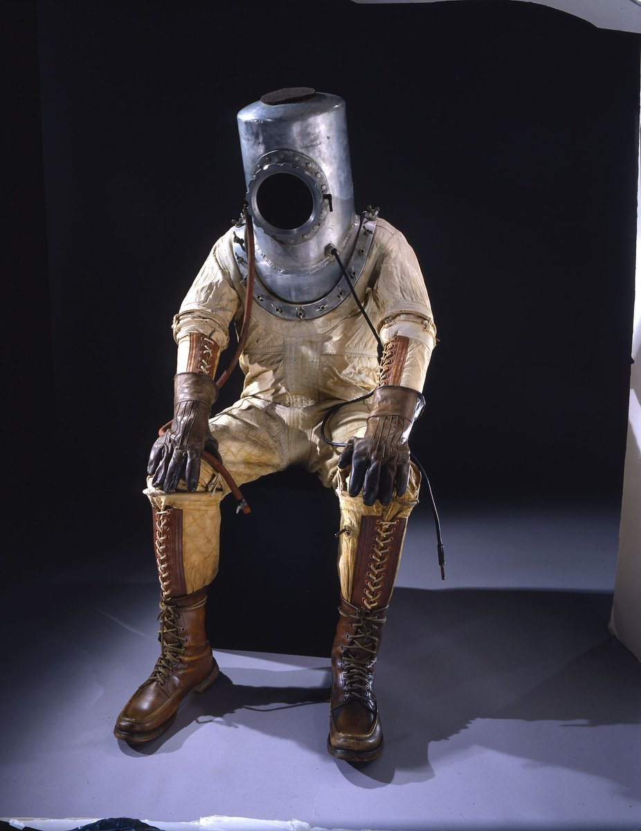 My #AdamIncognito costume for 2018 #SDCC: the very first spacesuit, which was made for famed aviator Wiley Post in 1935! My replica is to the left; the original reference photo to the right.
