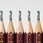 「B」なのに「H」w鉛筆の芯の先を「おっぱい」の文字に削る人!