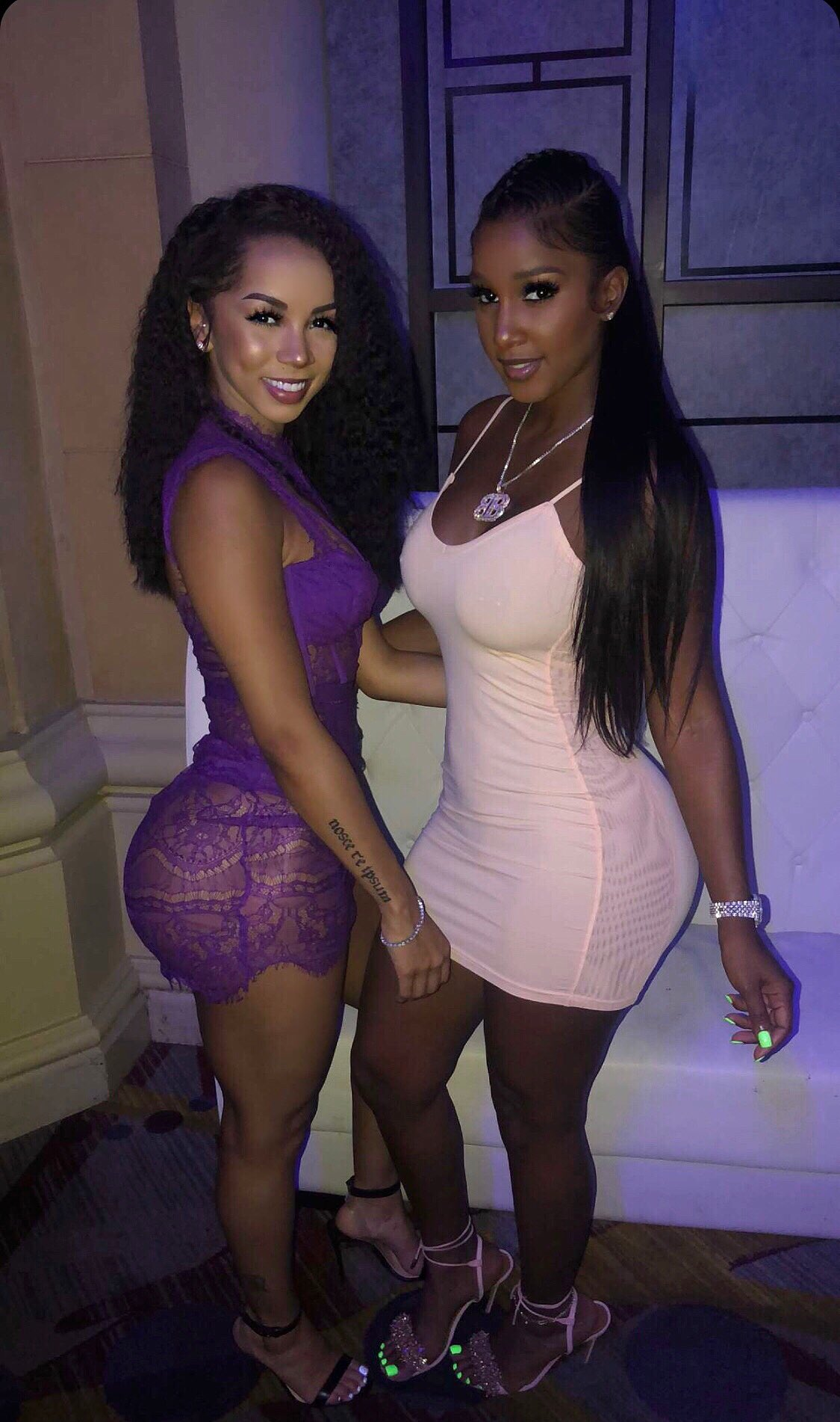 ¿Cuánto mide Brittany Renner? - Real height DiuTYGLVAAAki07?format=jpg&name=large