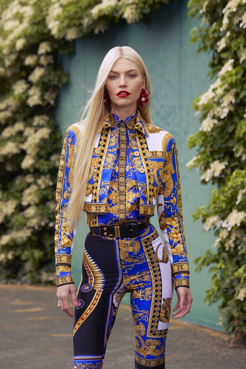#VersaceEditorials - All printed everything. #VersacePreFall18  Magazine: Harper's Bazaar Kazakhstan Model: @alineweber_real  Photographer: Mike Paniccia Styled by @DaVianLain   https://t.co/3RxPsl4NwR