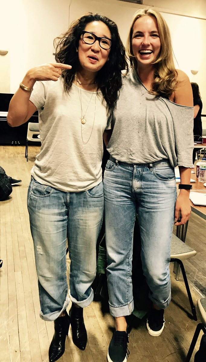 Dear fellow Canadians @KillingEve is premiering 2nite finally! Pls catch me &  her@ComerJodiee at our 1st readthru wearing the same outfit!
