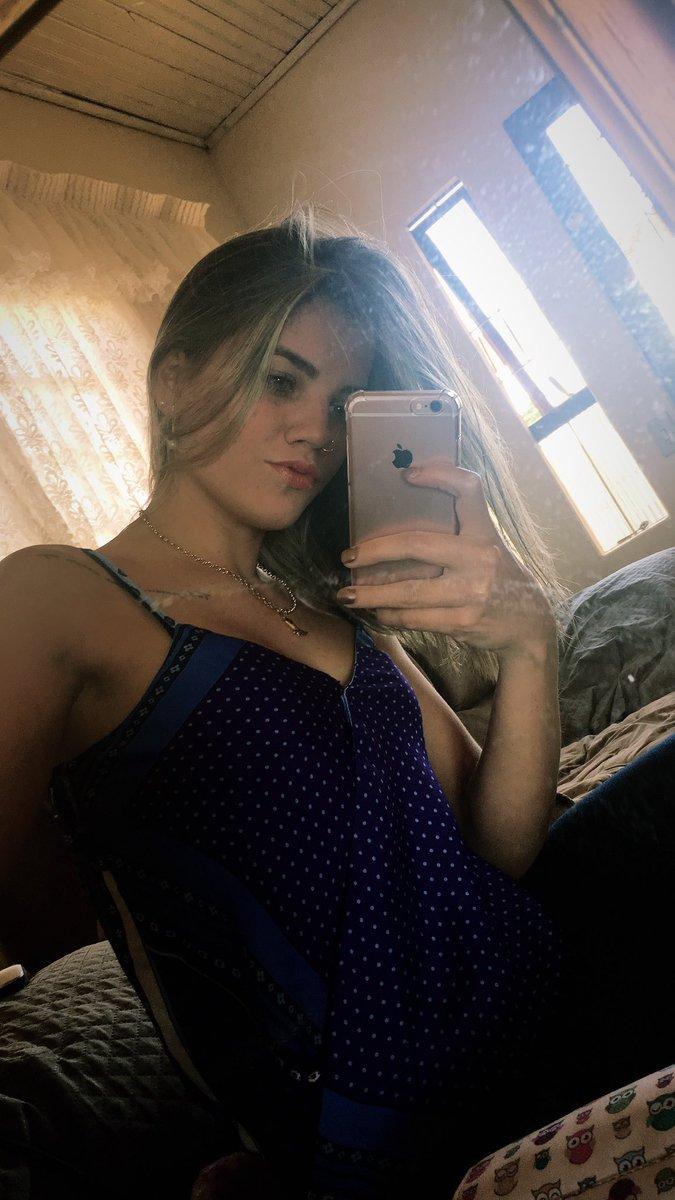Larissa Ely Nude Photos 35