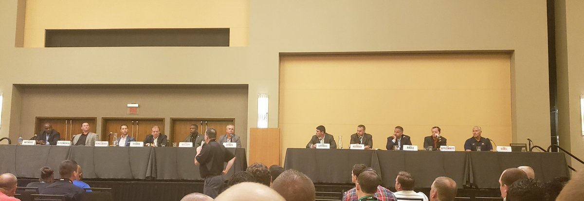 2 take aways from NCAA coaches&#39; panel  1) a kid&#39;s social media is basically a look at a kid&#39;s character &amp; maturity  2) best measurement of commitment &amp; accountability is an athlete&#39;s HS attendance.  &quot;If you cant show up to hs, why would anyone think you would show up to college.&quot; <br>http://pic.twitter.com/uIThZb7qX9