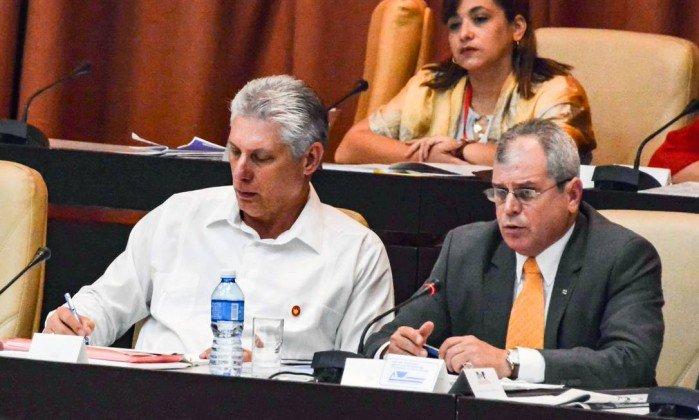Cuba aprova projeto de Constituição que reconhece propriedade privada. https://t.co/b7ljke4yux