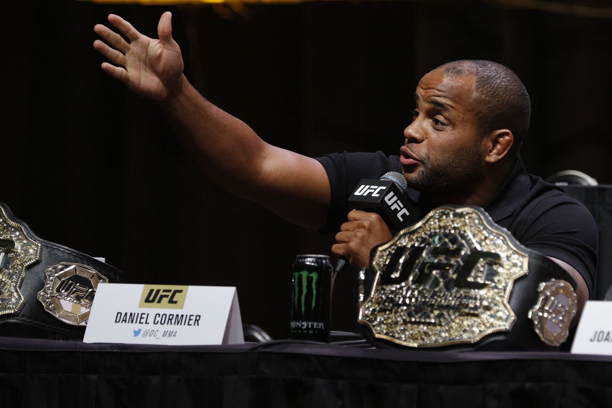 Daniel Cormier roasts Alexander Gustafsson after UFC 227 pullout: 'You and I won't share the Octagon again' mmafighting.com/2018/7/22/1760…