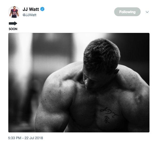 .@JJWatt in Hulk mode �� https://t.co/bza7CBXkYk