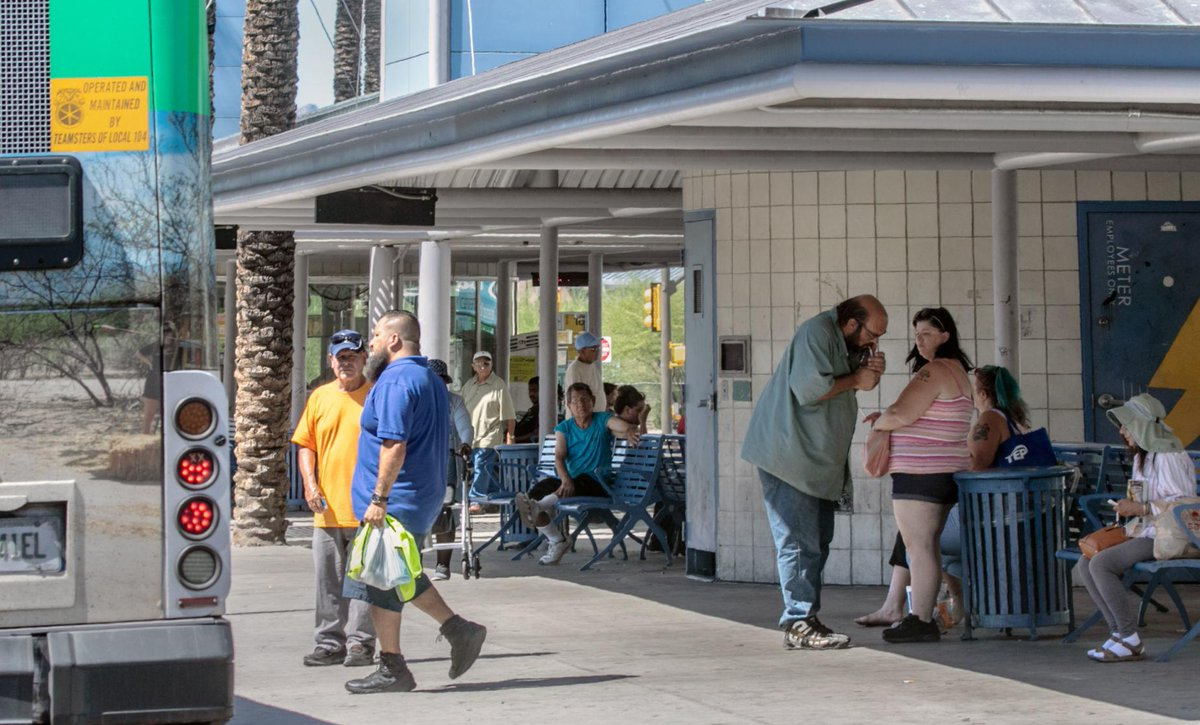 Roadrunner: Smoking will be mostly banned at Sun Tran transit centers https://t.co/qOPHR0y6Sk