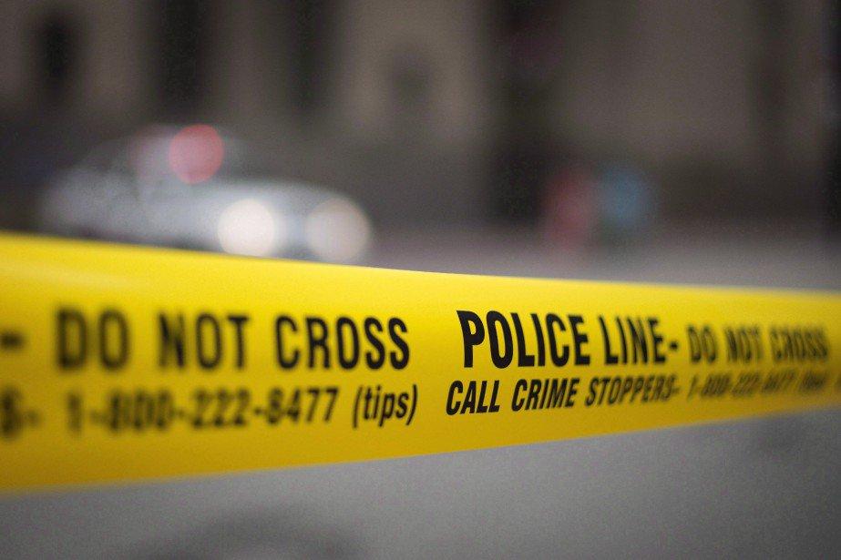 Plusieurs blessés dans une fusillade à Toronto https://t.co/77mQpSA8qg
