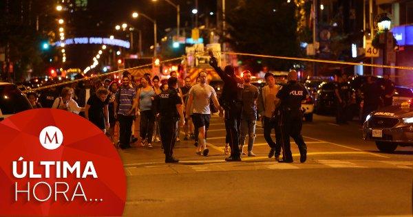 #ÚLTIMAHORA | Al menos 9 heridos durante tiroteo masivo en Toronto, #Canadá https://t.co/vG5kb5qiGs https://t.co/AKuFqCG4id