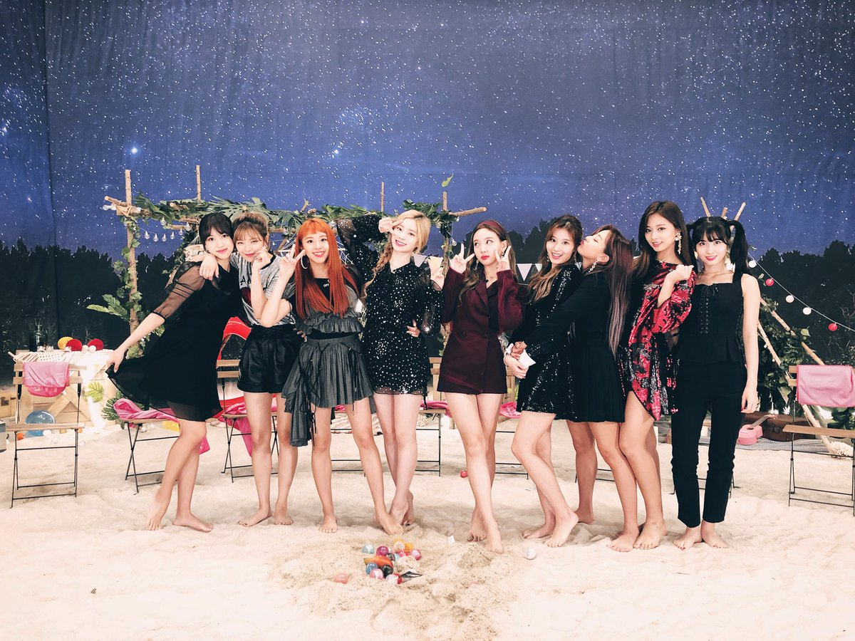 𝑟𝑒𝑠𝑝𝑒𝑐𝑡 𝑘 𝑔𝑖𝑟𝑙𝑠 On Twitter Let S Support Twice A