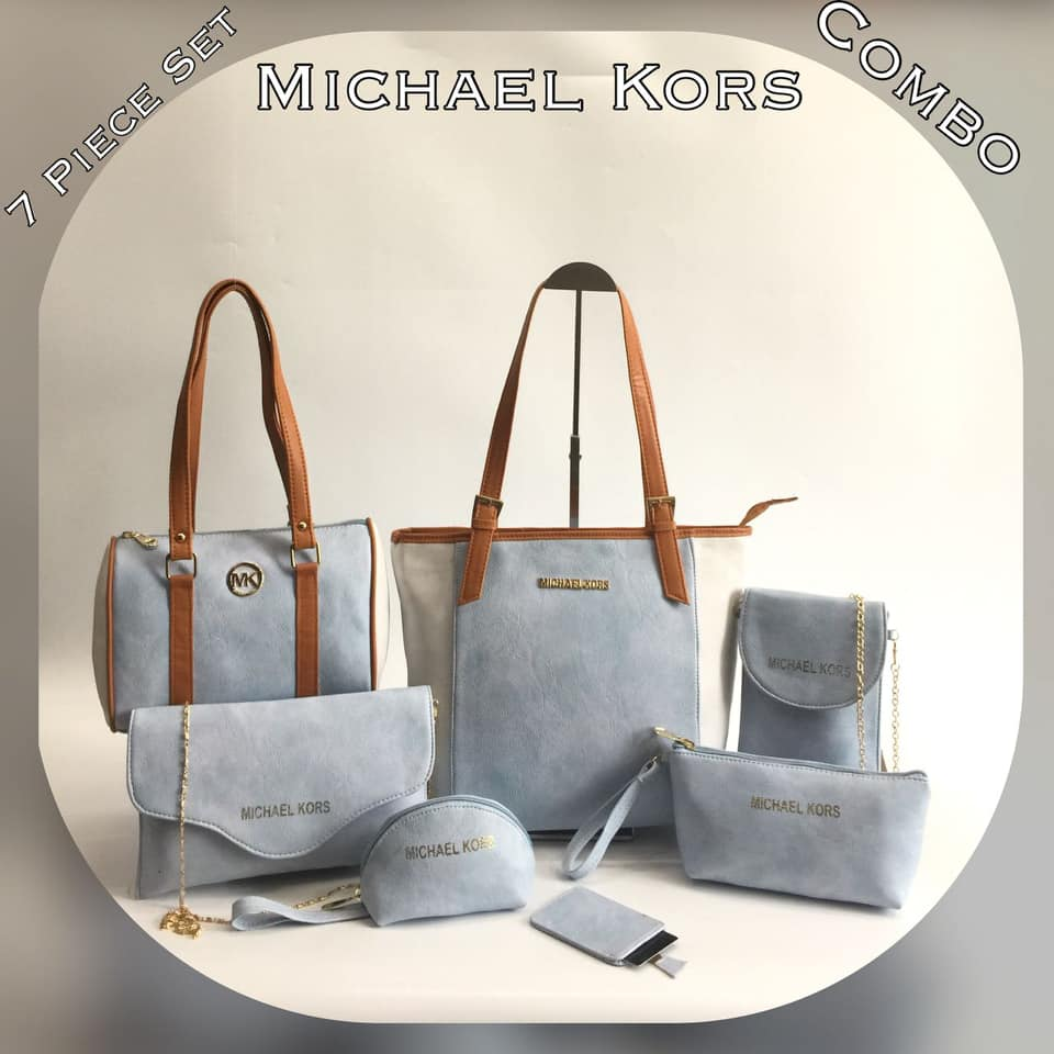 6af0603ca749 Pre-orders 2weeks To order email info@belbar.co.za #michaelkors #handbags pic.twitter.com/wvJ5sAMEtg