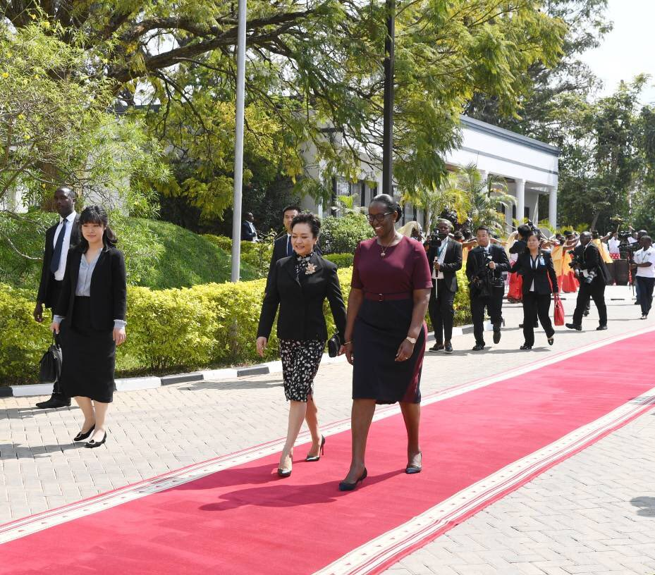 President Kagame: We appreciate the contribution of China historically to the development of Rwanda and Africa in many areas that are very important to our citizens. We look forward to building more partnerships and gaining from China's experience and capacity in many fields.