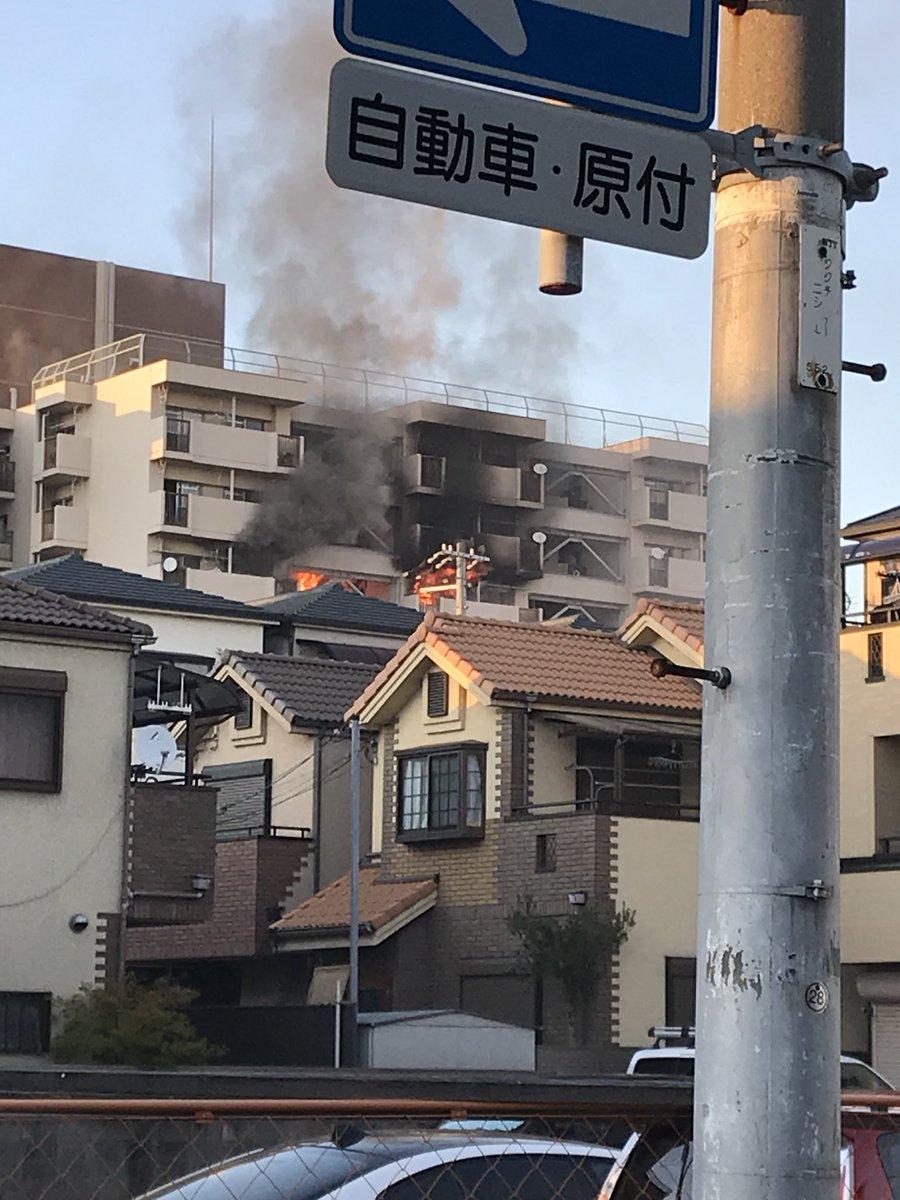尼崎市久々知のマンションで火事の画像