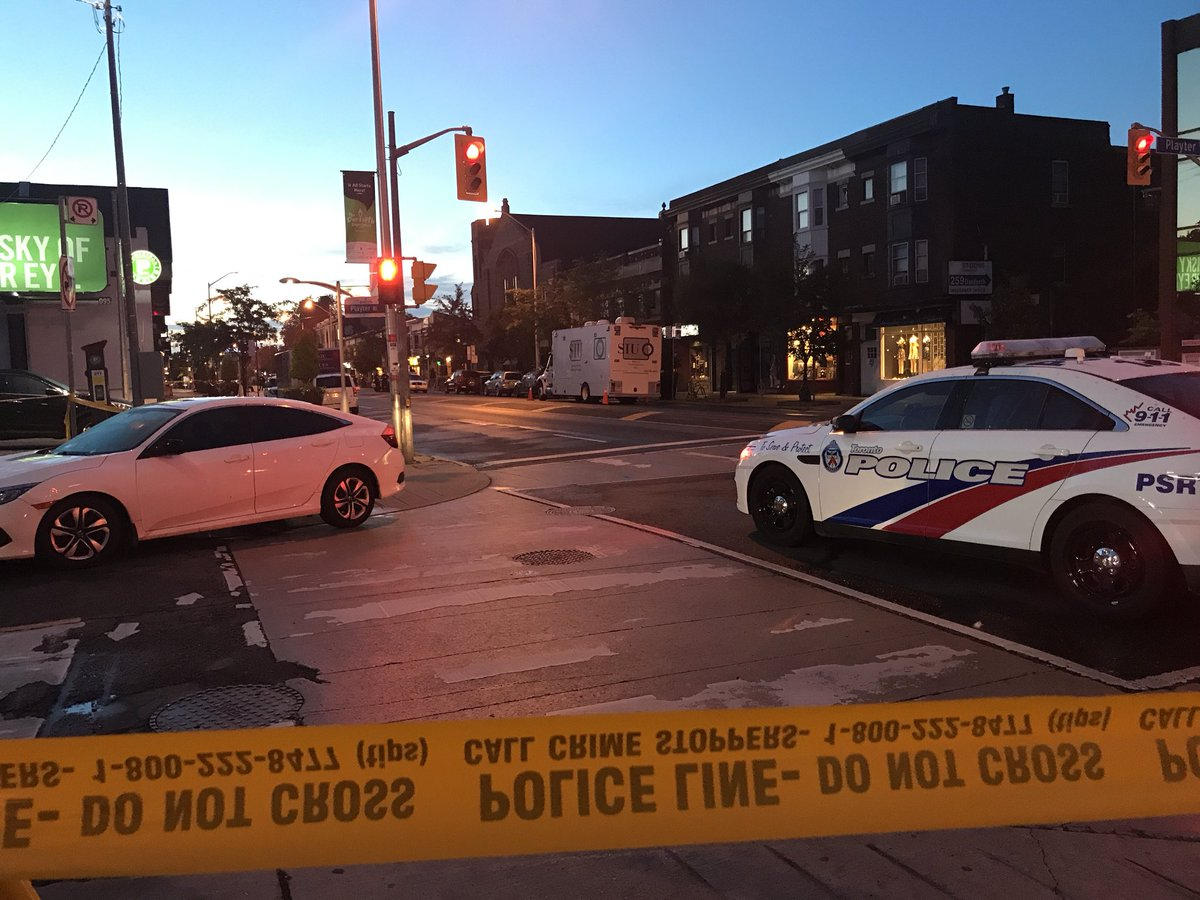 I'm live this morning from Danforth and Logan where 14 ppl were shot, one is a 9 yr old girl in critical condition at Sick Kids. 1 woman is dead. More on @morninglive @CHCHNews