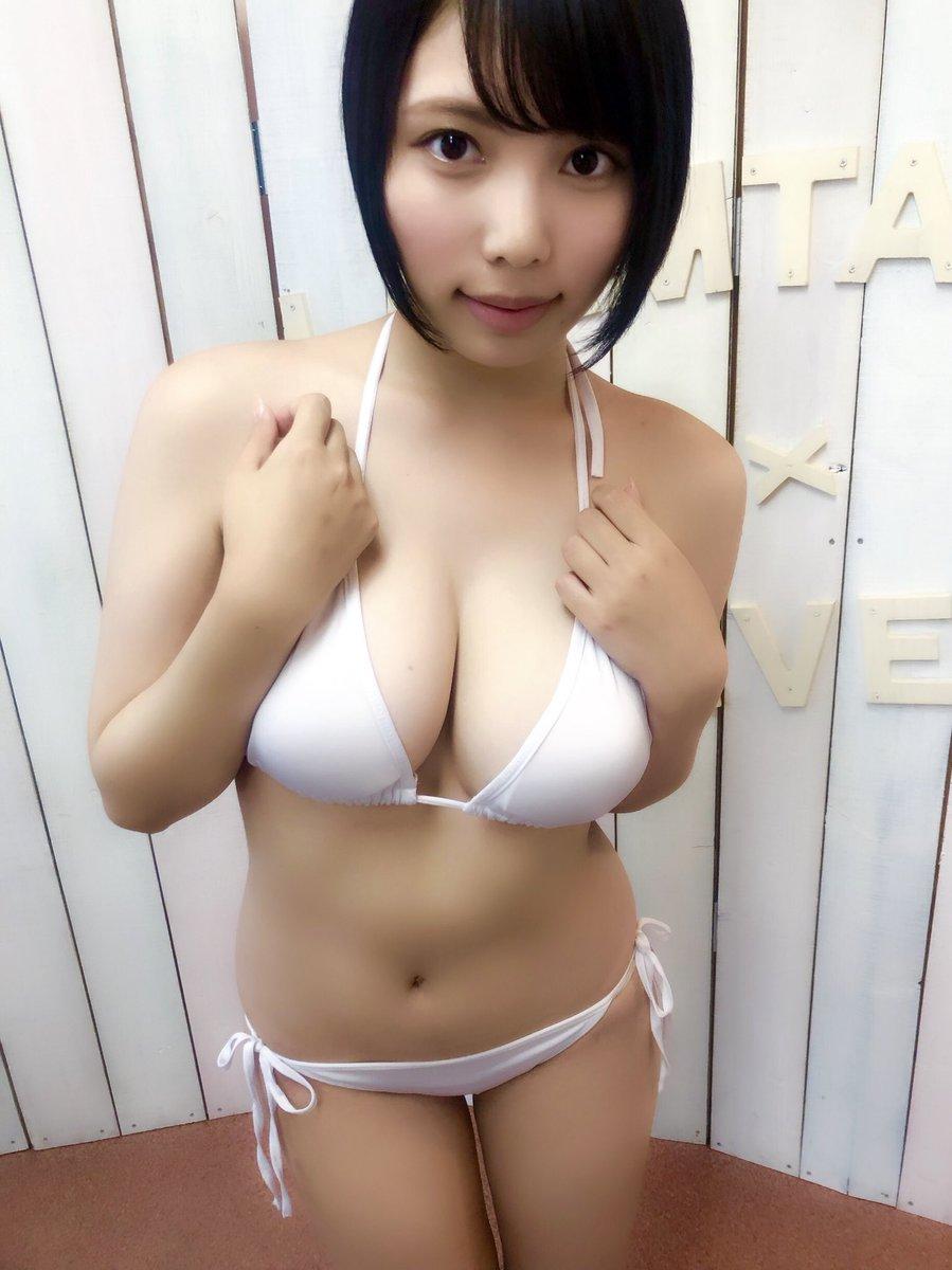 安位薫 画像