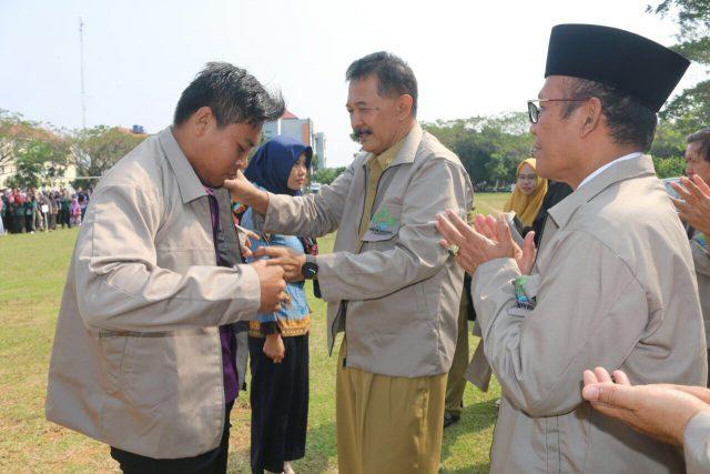 Asisten Pemprov Lampung Lepas 3.762 Mahasiswa KKN UIN Raden Intan 2018 https://t.co/PS7mCL7n7c https://t.co/Tucr275RTb