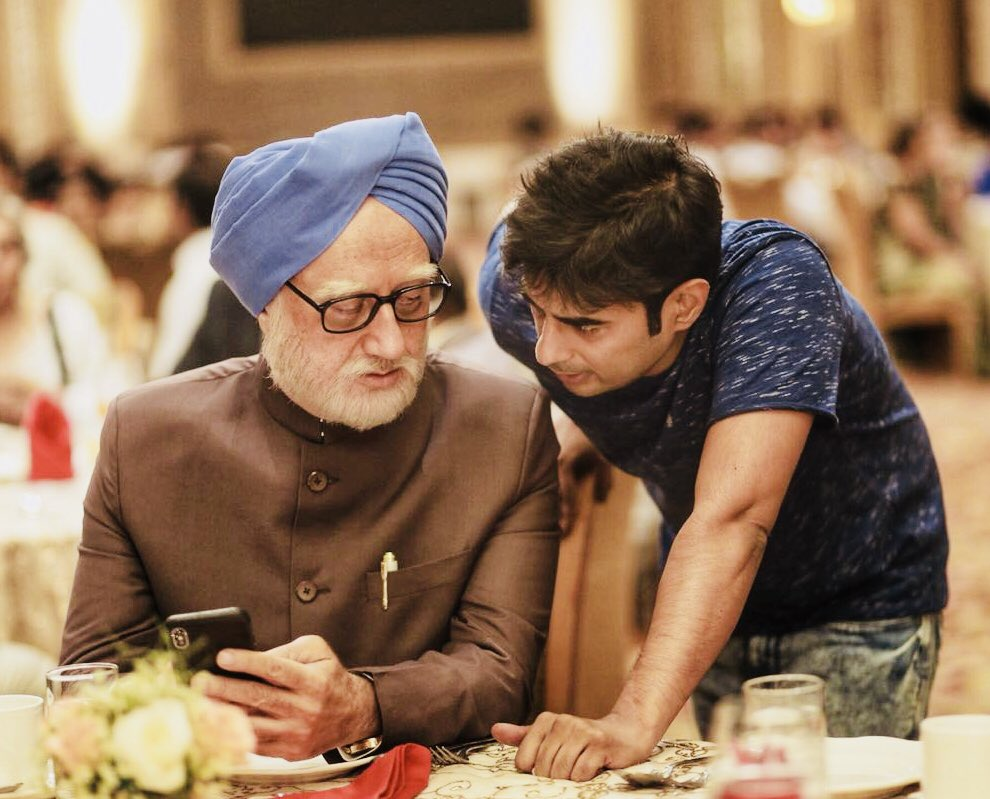 Introducing the entire political cast of #TheAccidentalPrimeMinister. The first of its kind motion picture from India. There are so many people behind our passionate effort. But our director @GutteVijay has really worked hard. Hope you love our labour of love.🙏@TAPMofficial