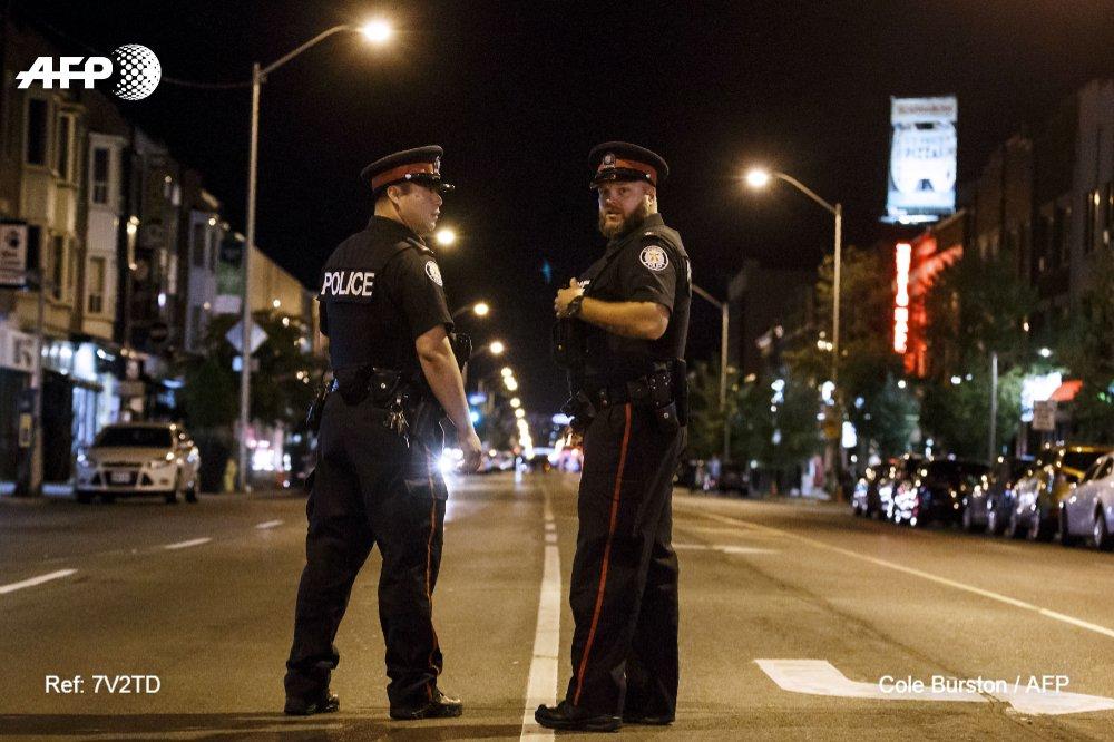 Un tiroteo en Toronto deja dos muertos, incluido el atacante, y 13 heridos #AFP https://t.co/7zaH1rspjp