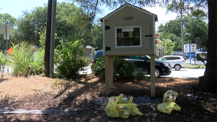 Blessing boxes across Lowcountry in need of donations https://t.co/ARwclriXWp #chsnews