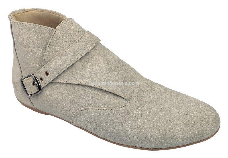Sepatu wanita RND 19-359, sintetik, cream, 36-40. Rp