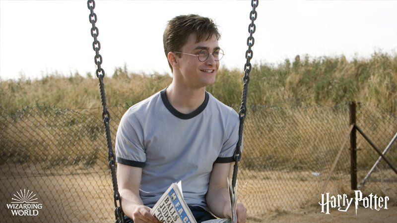 Happy Birthday to the star behind the scar, Daniel Radcliffe!