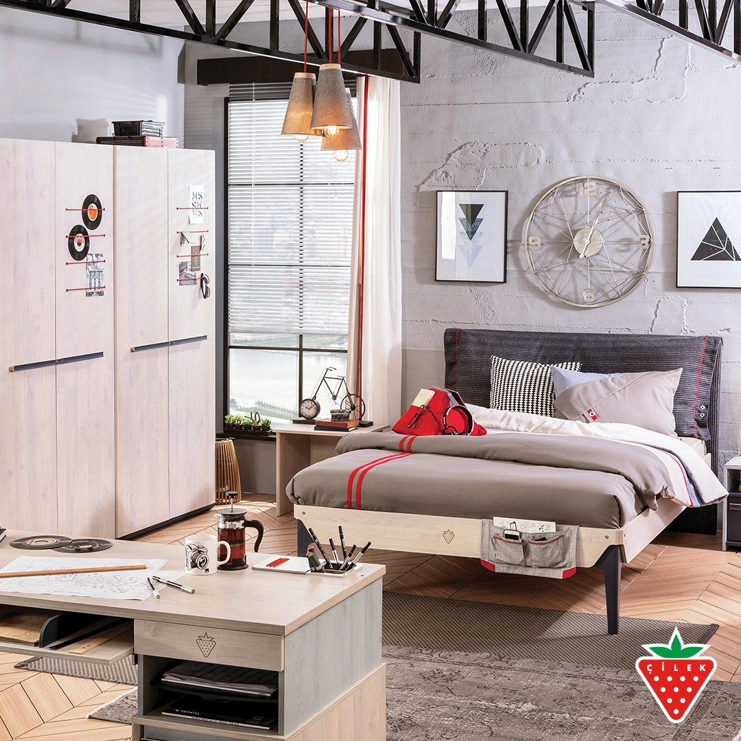 The most important piece of a teen room is the teen in it. Trio Series. #cilekroom #teenroom   https://t.co/ZBe3uabRXy https://t.co/eI2n0MNNeq