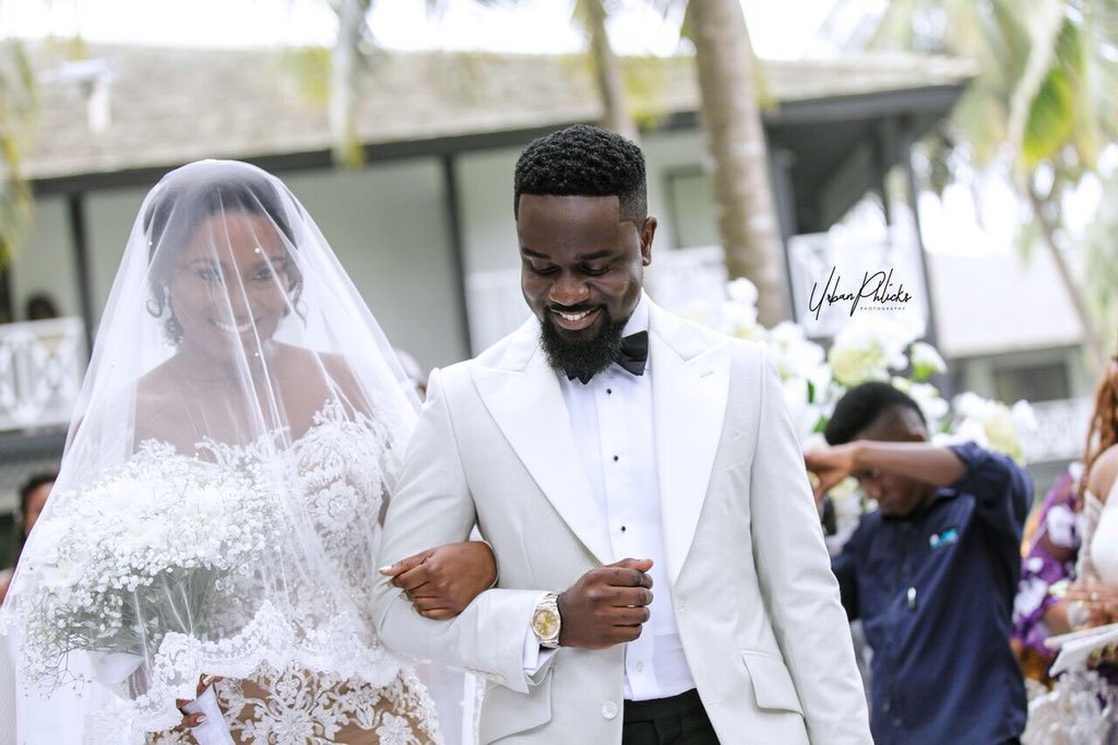 EXCLUSIVE: Photos From Sarkodie And Tracy's White Wedding