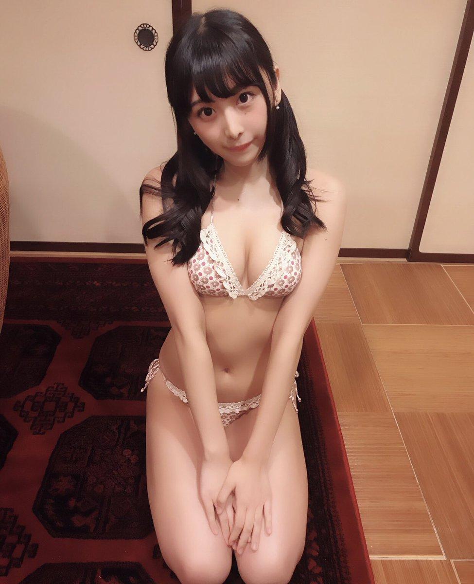 真島なおみ ツイッター 水着 画像