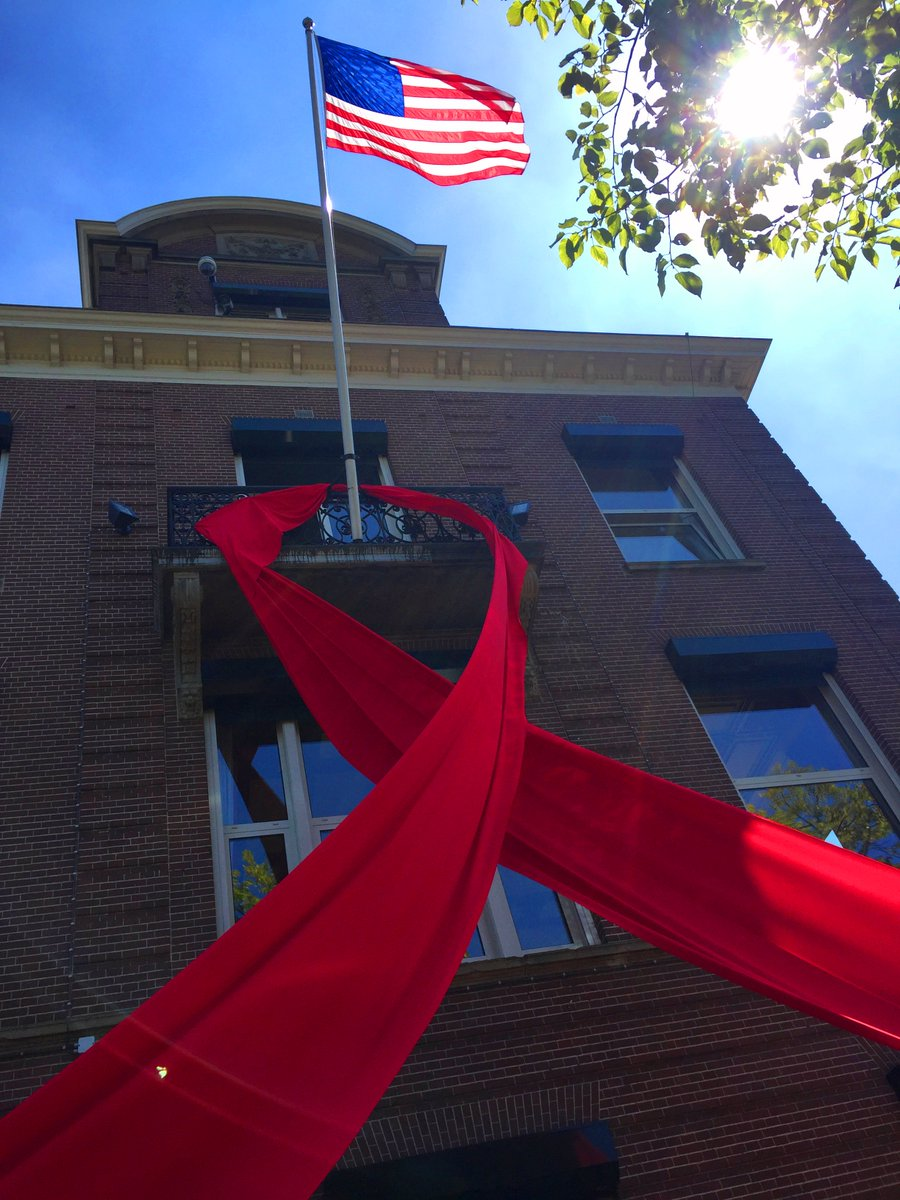 The U.S. Consulate General shows its support for the International AIDS Conference in Amsterdam this week. @AIDS_conference #Amsterdam