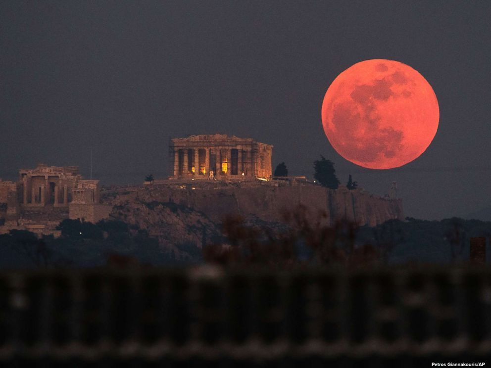 The longest total lunar eclipse of the century is coming Friday. https://t.co/Q7KwDFxbVn