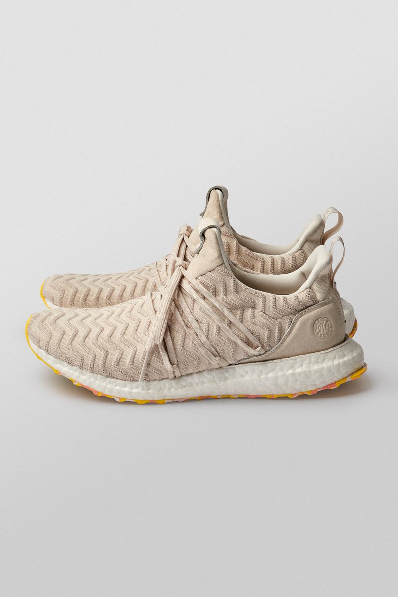 2ede628e9 adiSPECIALIST+ AKOG x  adidasoriginals Uncaged UltraBOOST  - Chalk white PK  upper w  raised rippling wave effect - Uncaged construction w  wrap around  ...