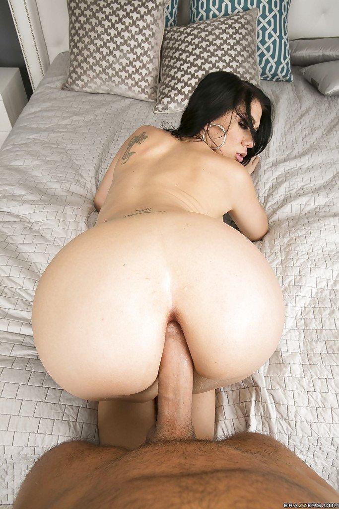 Head milf wife