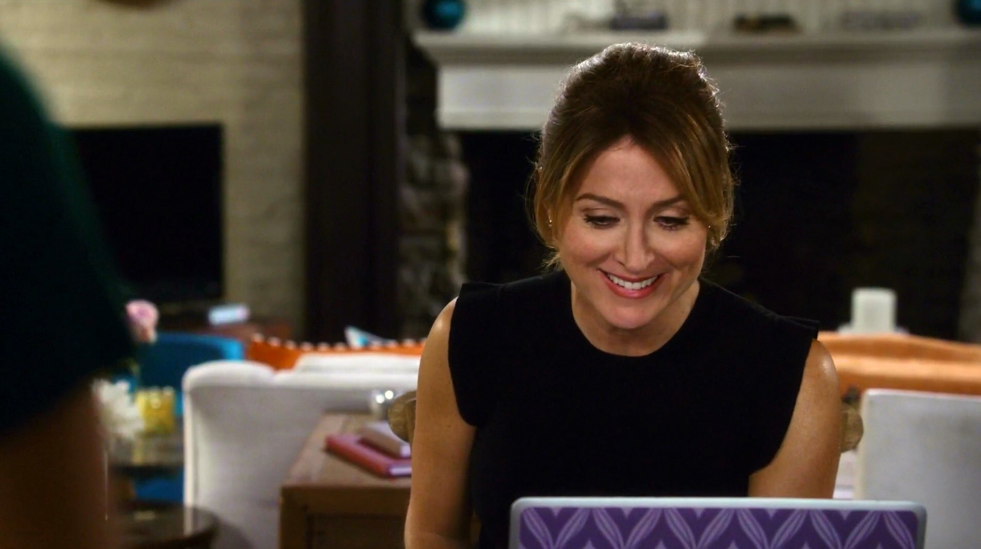 #MauraMonday  Our expression every time we see a Maura clip. Miss this character. Hope everyone has a wonderful day! https://t.co/zkw9KrgPWU