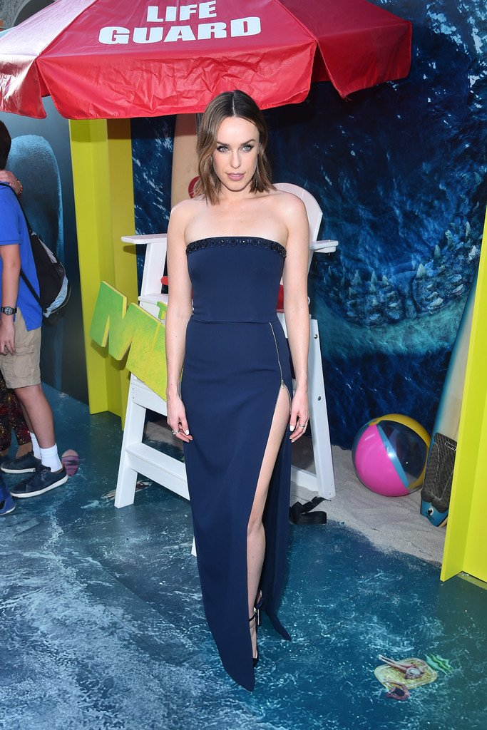 @jessica_mcnamee looked fantastic at the #MegMovie premiere