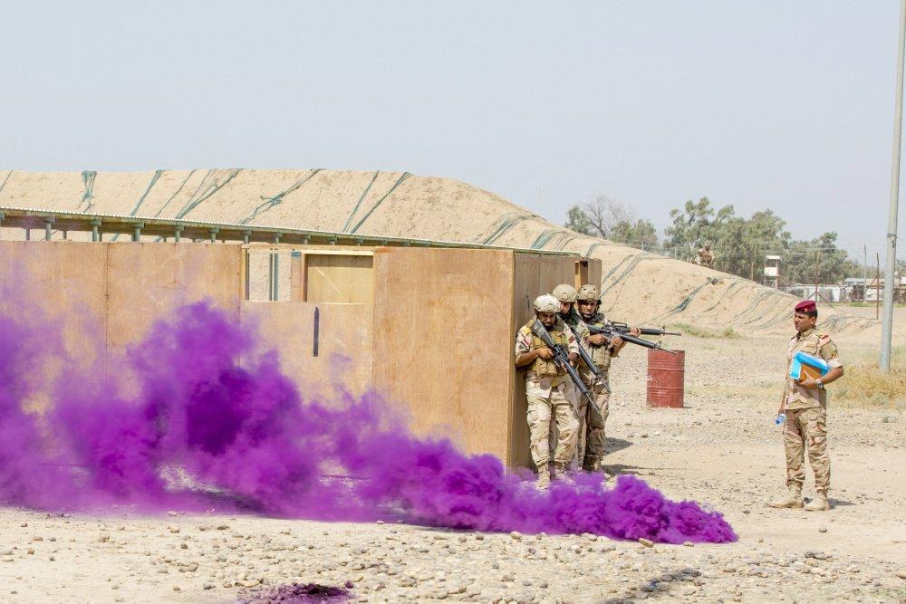 جهود التحالف الدولي لتدريب وتاهيل وحدات الجيش العراقي .......متجدد - صفحة 3 Dj-oDqDVsAAYbHO