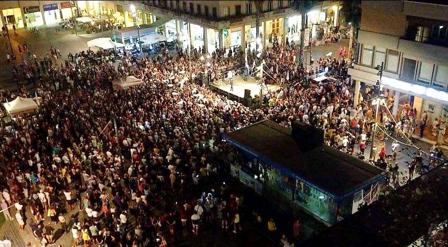 Una fantastica #pescara ieri sera! #luigidimaio #m5s #abruzzo #decretodignità  - Ukustom