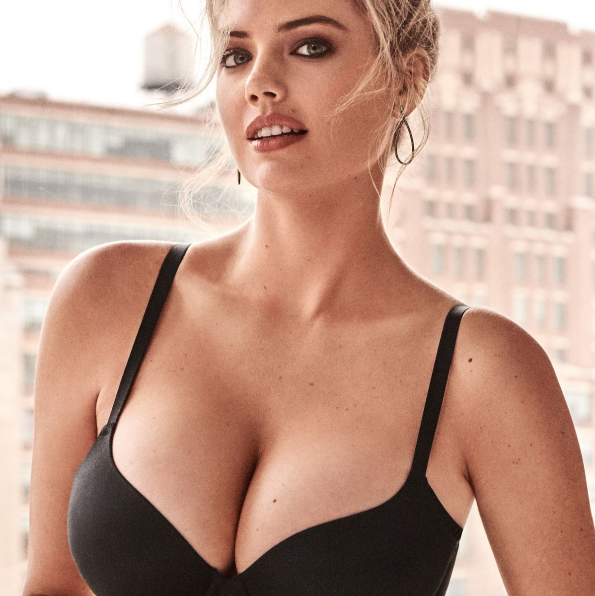 Kate Upton's Breasts