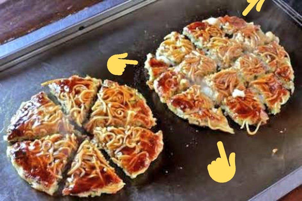 画像,東西お好み焼きの切り方対決、正直美味しく食べられればどっちでもいいと思うけど、ピザ切りしか食べた事ない身としては十字切りの際に発生するこの生地だけみたいな部分を…