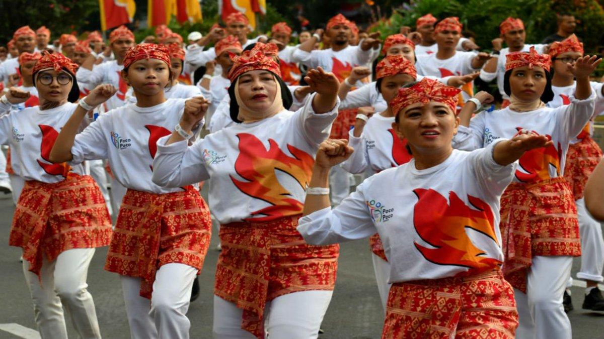 65000 Bailarines Baten Record En Indonesia A Ritmo Del Poco