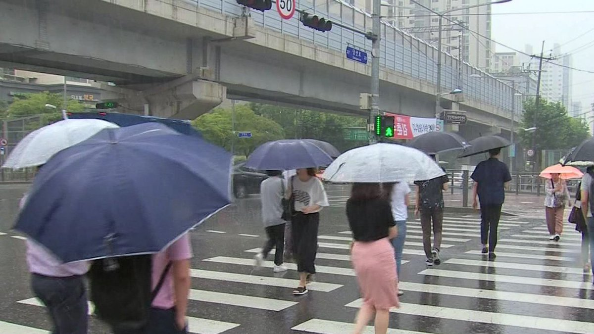[JTBC 뉴스룸] #날씨 내일 비 소식…낮 최고기온 3~5도 떨어져 https://t.co/bDL19Pf3wI