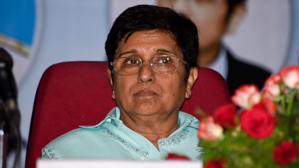 Puducherry CM protests Governor Kiran Bedi's warning to government officials https://t.co/K4rCjPA6y1