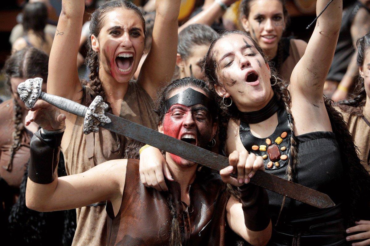 Espanha tem festival viking https://t.co/uZv65yJcdt #PlanetaBizarro #G1